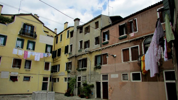 We wondered into this courtyard of these flats in Venice. Many of the buildings are really run down