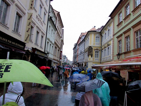 The rain doesn't stop anyone. The streets are still packed with people even while it is pouring down. We even went on a walking tour while it was raining.